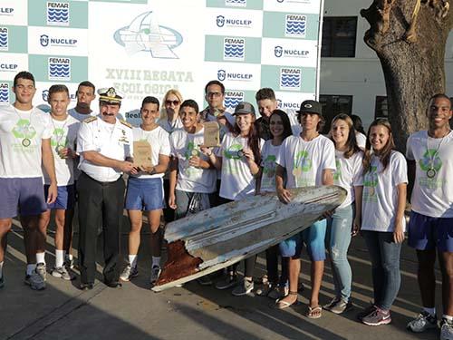 Escola Naval promove regata ecológica no Rio de Janeiro (RJ