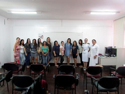 Núcleo de Assistência Social do Com3ºN oferta vagas para curso de maquiagem ffe7acfe95